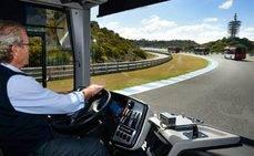 Conductores reciben formación para el manejo de los nuevos autobuses