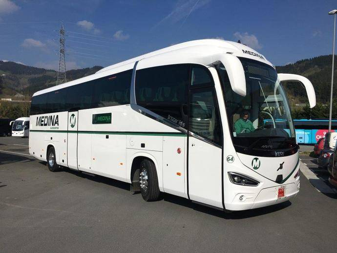 Volvo Buses entrega un Volvo B11R a Autocares Medina