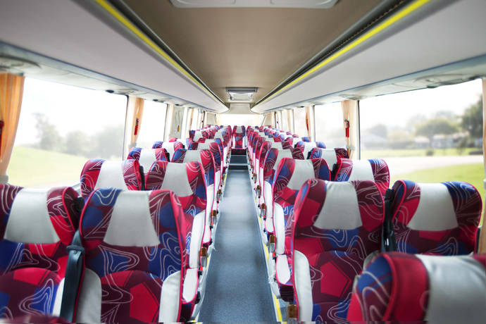 El C9 de BYD es el primer autocar eléctrico que llega a Europa