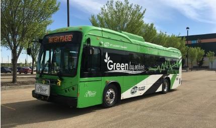 Tres autobuses eléctricos BYD entregados en Canadá