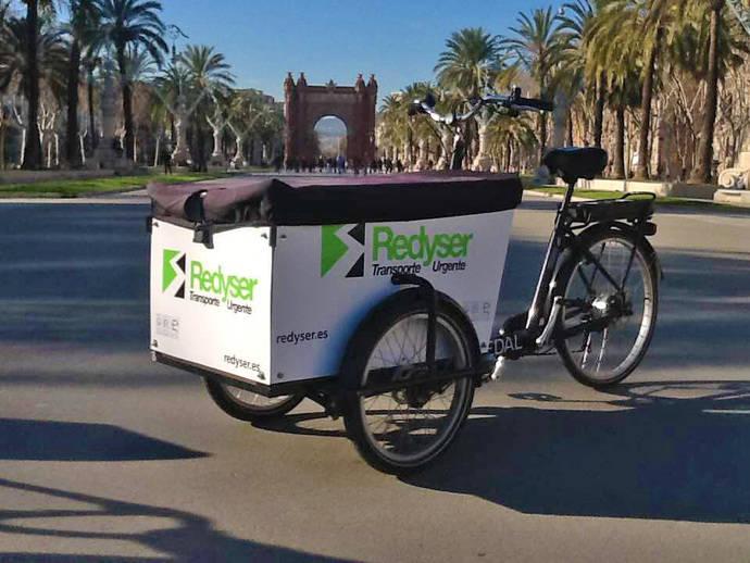 Redyser adquiere la empresa de entregas sostenibles especialista en e-commerce Emakers