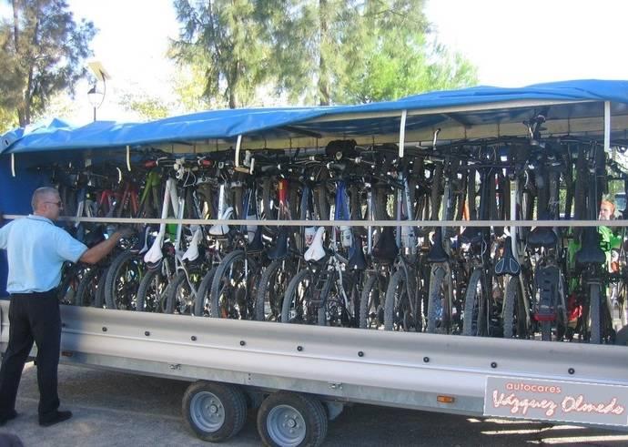 Vazquez Olmedo ofrece servicio de transporte de bicis y ciclistas