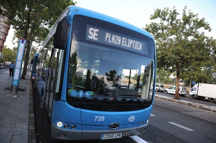 Almeida inaugura el bus lanzadera de plaza Elíptica con Islazul