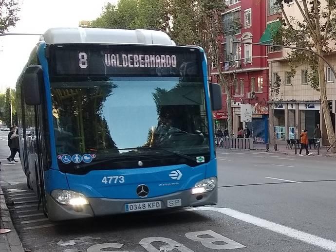 El Ayuntamiento de Madrid decide aumentar la oferta de la EMT al 90%
