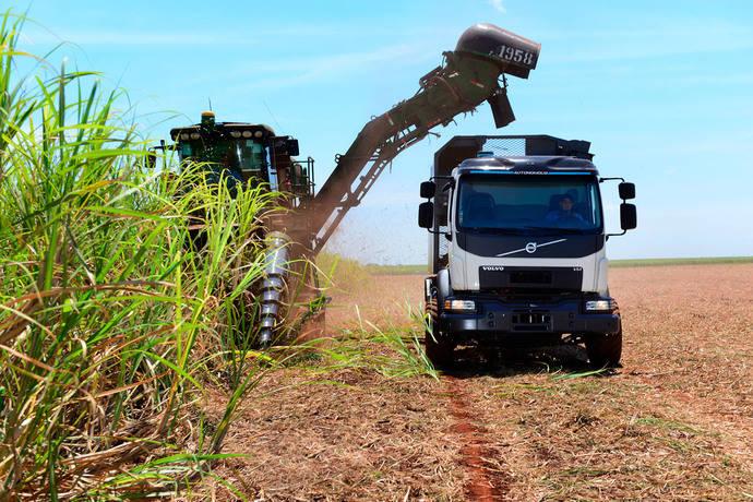 Volvo Trucks prueba un camión con dirección autónoma en Brasil