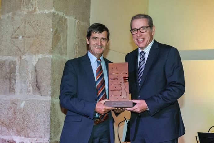 El Máster de Cetm recibe el 'Arete Excellentiam' de la Escola Europea SSS