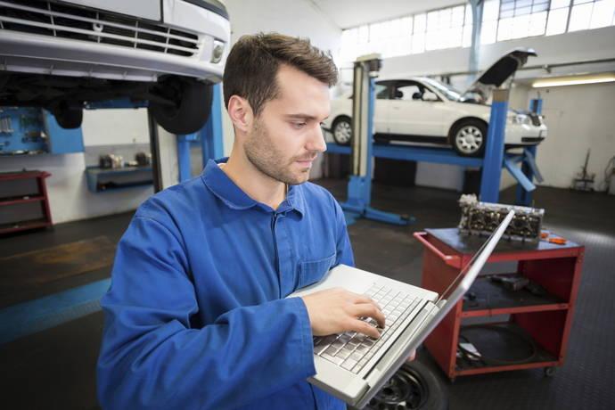 Piden ayudas directas para los talleres de vehículos