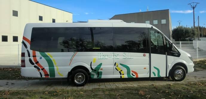 Taxibus Espinosa y Autocares Her-vei, clientes de Car-bus