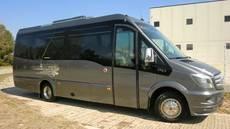 La empresa madrileña Lucitur estrena un Spica de Car-bus.net