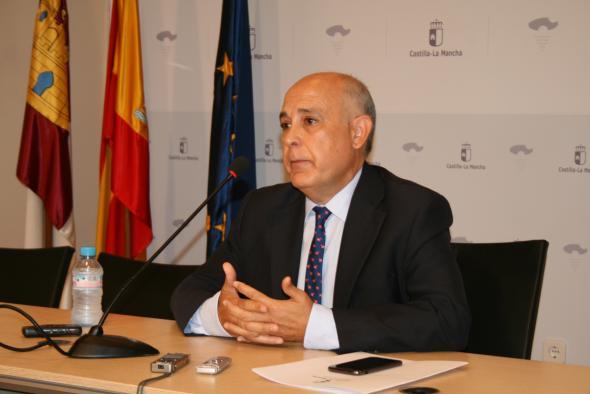 Fomento mantendrá los servicios de transporte por carretera en Castilla-La Mancha