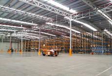 Azkar amplía un 30% su capacidad de almacenaje en Sevilla
