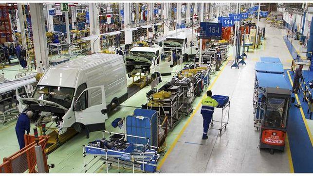 El sector automotriz prevé un crecimiento modesto en ventas y producción
