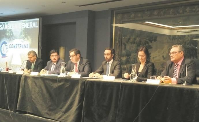 González: 'Estamos preocupados por los megacamiones'