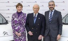 PSA Peugeot Citroën ayuda al Rotary Club a transportar alimentos