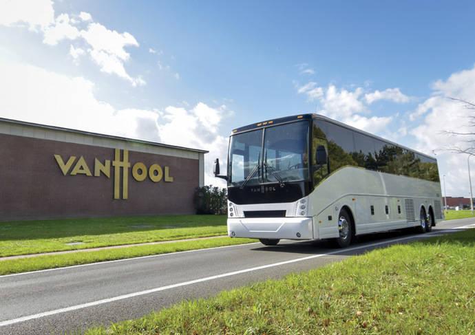 Van Hool produce el primer autocar 100% eléctrico para el mercado americano