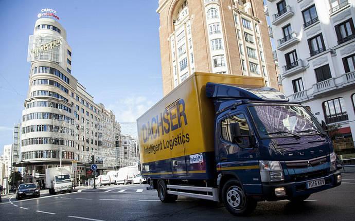 Dachser reduce sus emisiones en Madrid con su primer camión híbrido