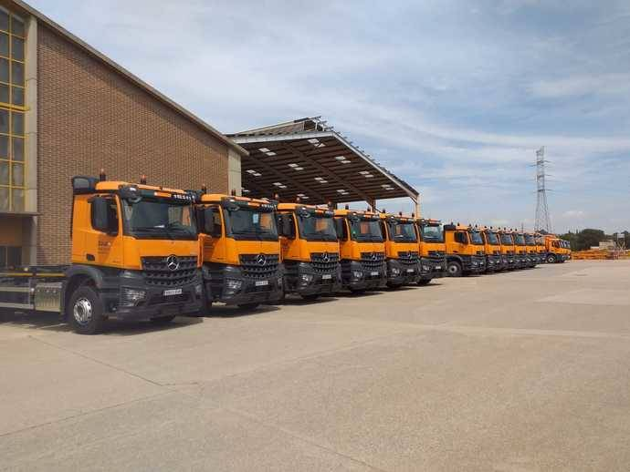 Autolica vende 17 camiones Mercedes-Benz a TMA Grupo F. Sánchez