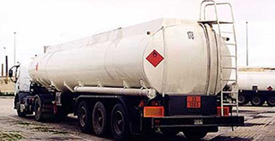 No está permitido realizar transporte de mercancías peligrosas en megatrailers