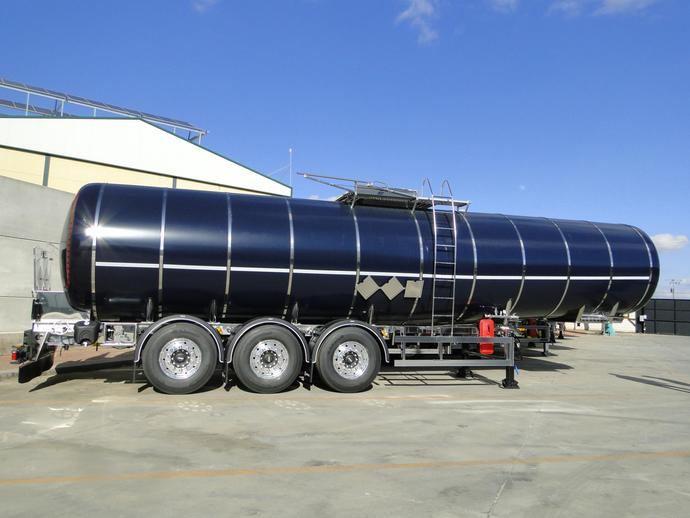 Farcinox amplía su porfolio de productos con la producción de cisternas para el transporte de asfalto