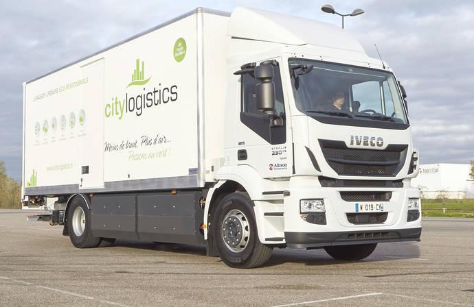 Iveco entrega su vehículo industrial de gas natural número 1.000, en Francia