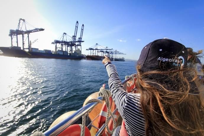 El Puerto de Algeciras mantiene en verano el ritmo de actividad