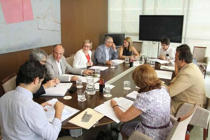 Valencia pide al gobierno subvenciones para su transporte metropolitano