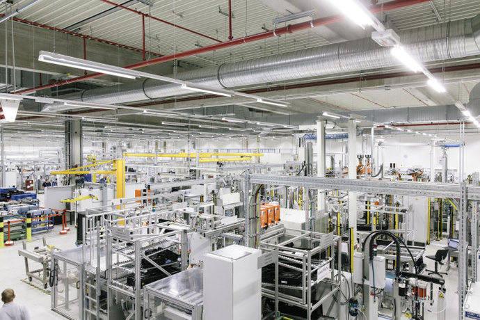 Daimler apuesta por combinar modelos de motores
