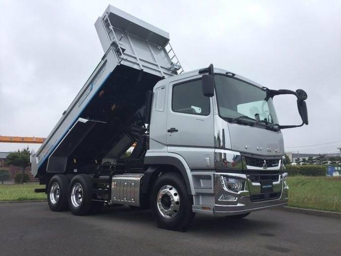 Daimler Trucks amplía su presencia en Japón con un nuevo camión Fuso