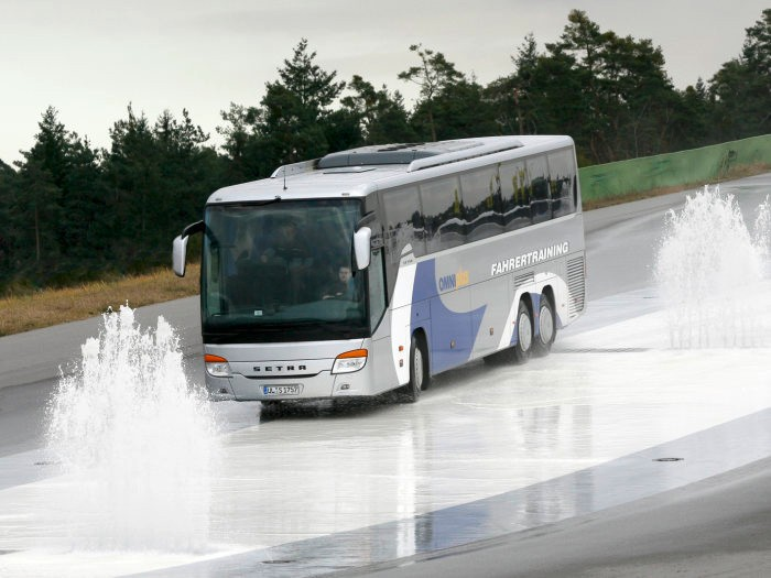 Omniplus entrena a 18000 conductores de autobús