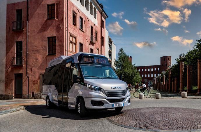 Nueva solución sostenible de Iveco Bus para la movilidad urbana