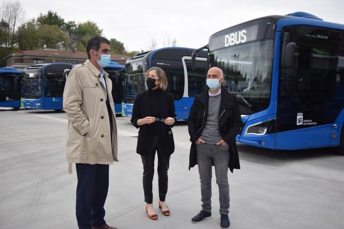 Dbus ampía las instalaciones con un aparcamiento exterior