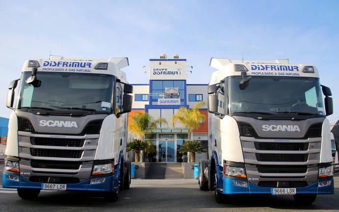 Disfrimur apuesta por el GNL de la mano de unas tractoras Scania