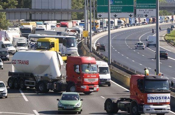 Solutrans aborda la conectividad entre camiones