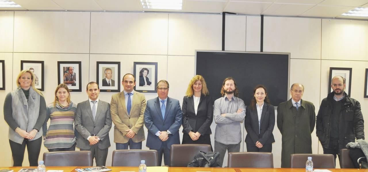 Los diputados de la Comisión de Seguridad Vial se reúnen con el director general de Tráfico
