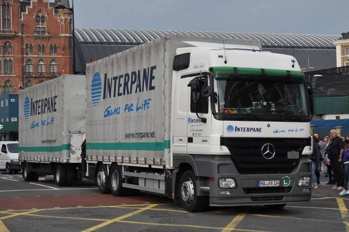 Alcalde de Londres quiere prohibir la circulacion de miles de camiones por la capital inglesa