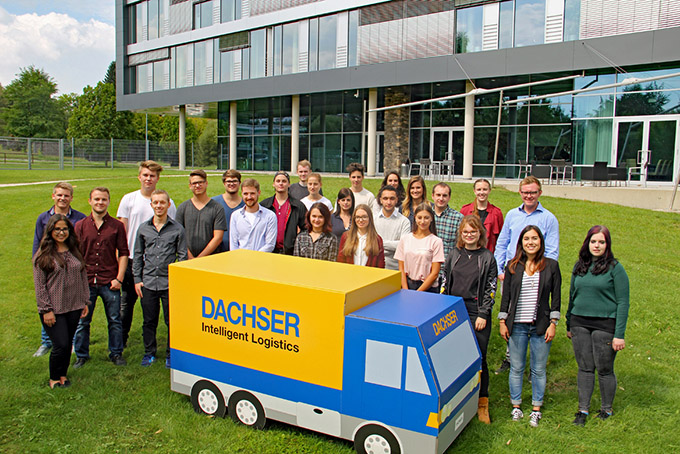 Dachser recibe unos 2.000 futuros profesionales de logística en prácticas