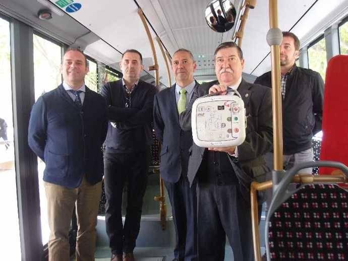 Los autobuses de Logroño contarán con desfibriladores