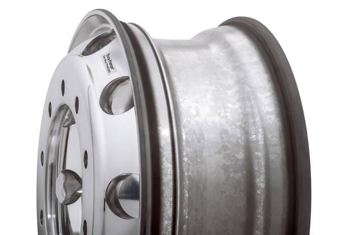 Alcoa exhibe nuevo tratamiento superficial para llantas en Busworld