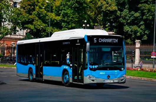 EMT refuerza 32 líneas en Madrid para Navidad