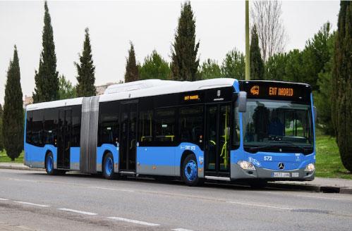La EMT aparcará los autobuses antiguos durante el verano y los fines de semana