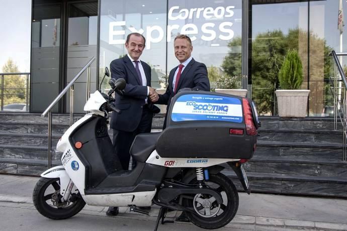 Correos Express y EcoScooting unen fuerzas en Madrid