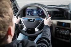 El 'platooning' es activado por el conductor directamente desde el volante.