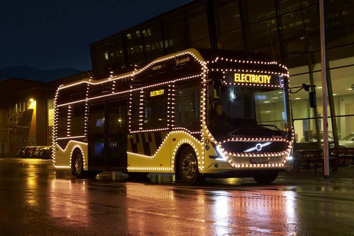 Un eléctrico Volvo espectáculo de Navidad en Gotemburgo