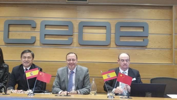 """Reunión entre la delegación china """"Wuxi Transportation Bureau"""" y Astic"""