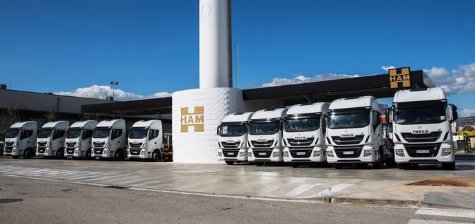 Los nuevos camiones adquiridos por el grupo HAM.