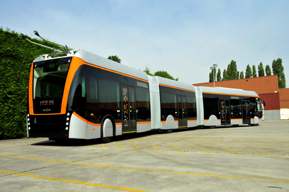 Van Hool celebra su 70 aniversario en Busworld