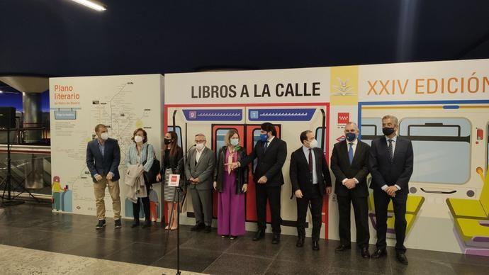 La EMT de Madrid renueva su apoyo a la campaña 'Libros a la calle'