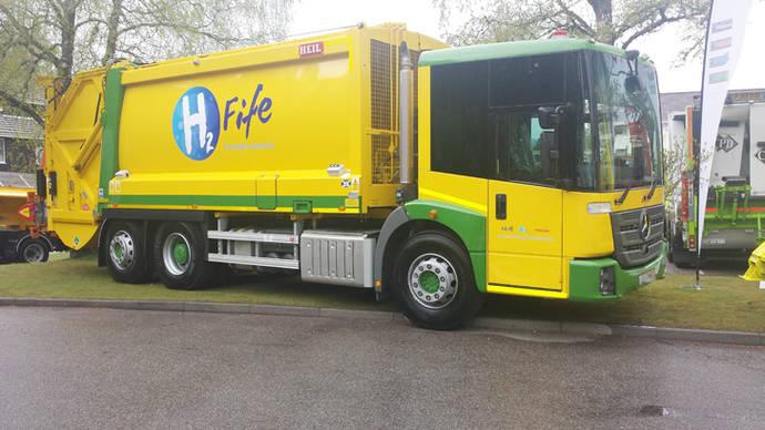 Primeros vehículos Dual Fuel recogida de residuos usan transmisiones de Allison
