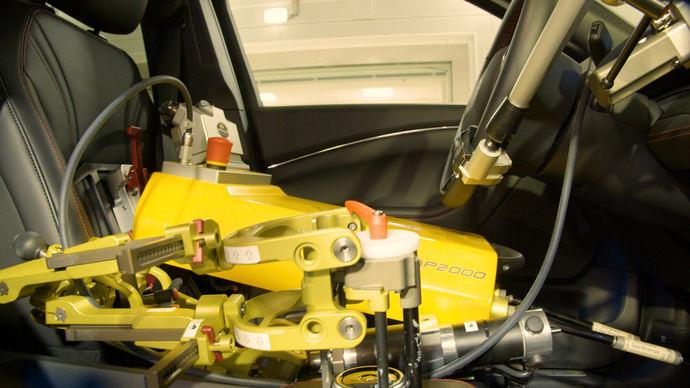 Conductores robotizados verifican que Ford está listo