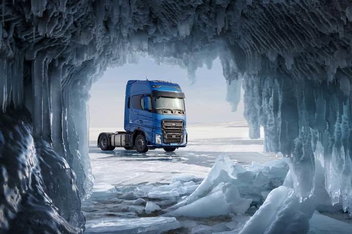 Ford Trucks F-MAX, récord de velocidad en el lago Baikal
